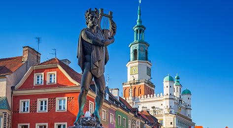 Poland_Poznan-Main-Square_173x260
