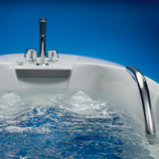 BTL-hydrotherapy_image_front
