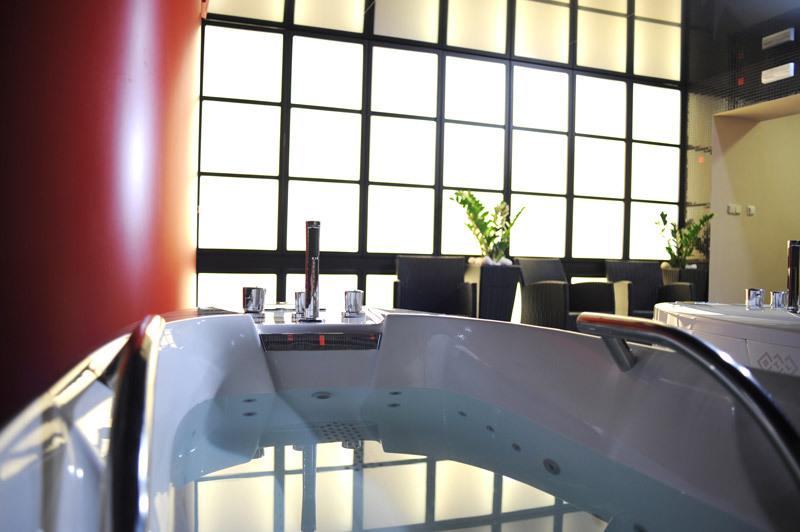 BTL-3000_hydrotherapy_hotel-Morris_2